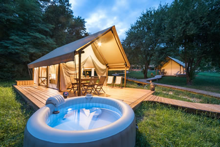 Glamorous tent with your private hot tub
